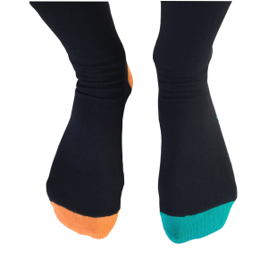 372b390dce40 Ako si vybrať správne ponožky - Farebné ponožky k obleku