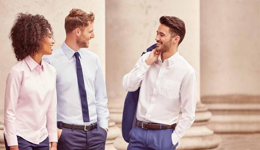 cccd97004d03 Business Formal Dress Code pre ženy   mužov nielen do zamestnania. blank.  Pánske košele a dámske blúzky do firemného dress code